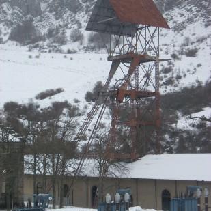 Pozo Herrera I. Fotos del castillete