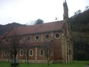 Iglesia de Bustiello