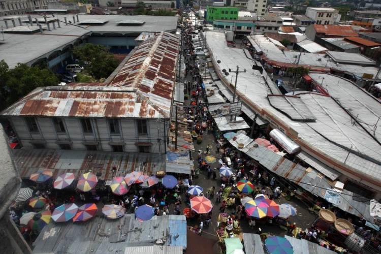 Comercio informal Centro historico San Salvador - 2